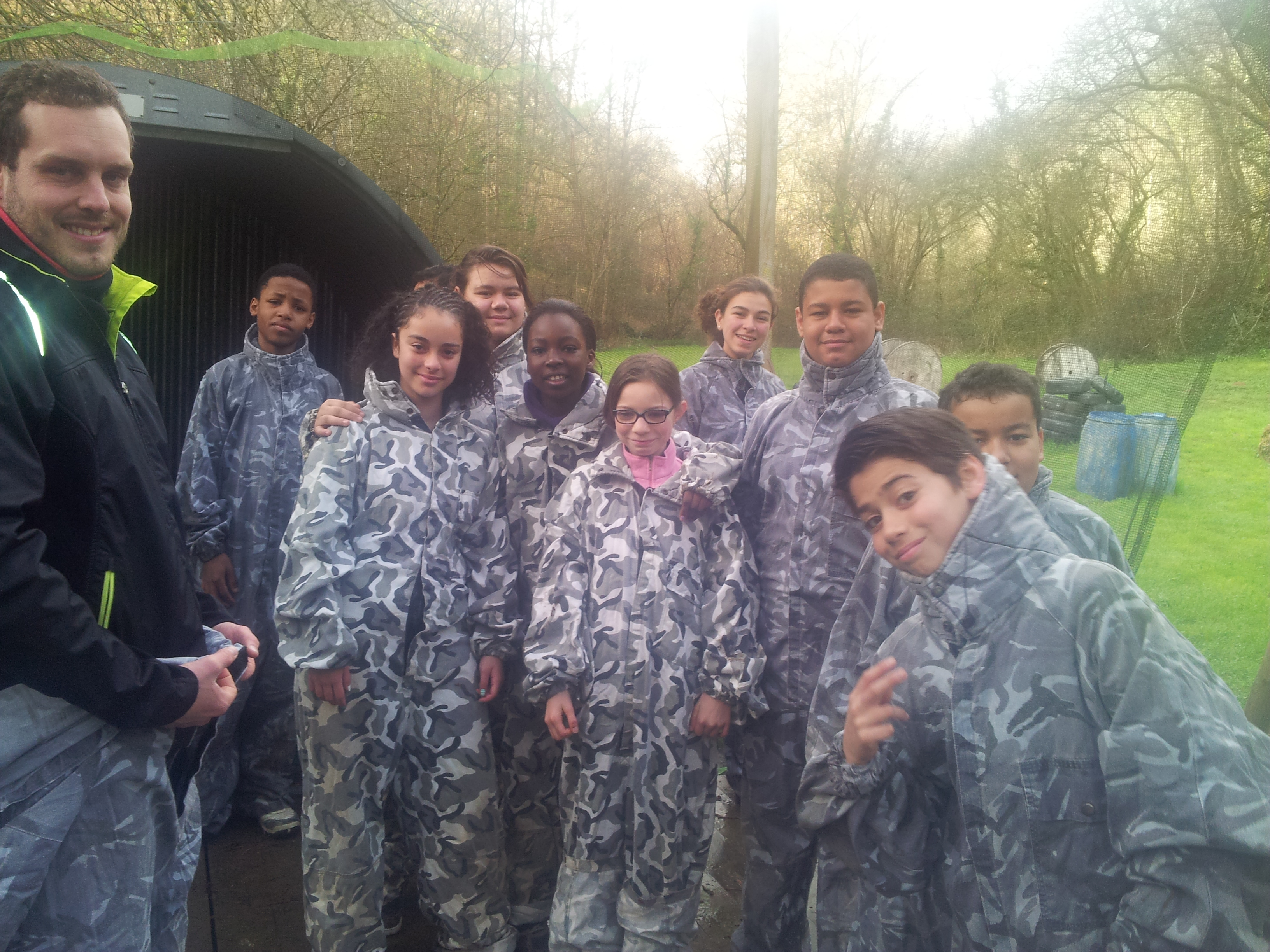 Le groupe 4 au paint ball